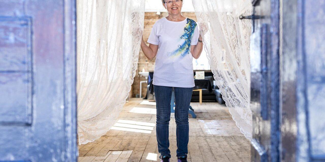 Da Eli Margrete fylte 60 bestemte hun seg for å slippe løs sin kreative tvilling – Karmøynytt