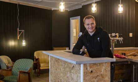 Martin (27) åpner ny kaffebar og bryggeripub – Karmøynytt