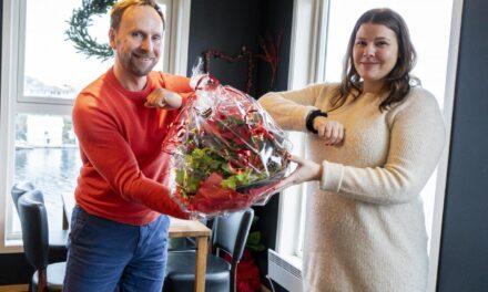 Møteplassen mottok pengegave fra Kopervikfestivalen – Karmøynytt