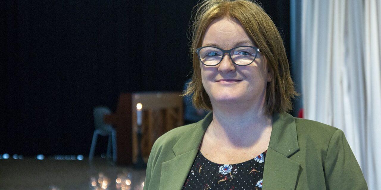 Seks vil bli rektor på Kolnes – Karmøynytt